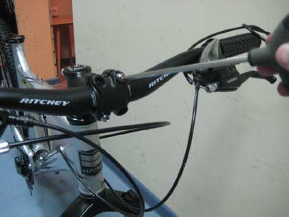 Установка руля велосипеда